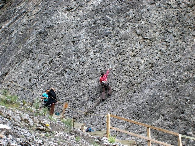 Cliff Climbing 암벽등반
