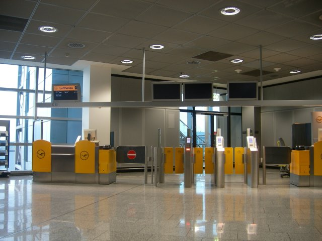 Frankfurt gate C13 after the security check
