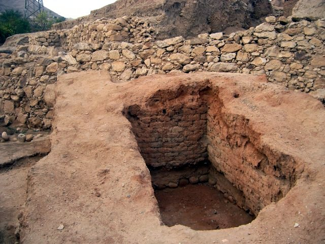 Fortress of 1,900 BC