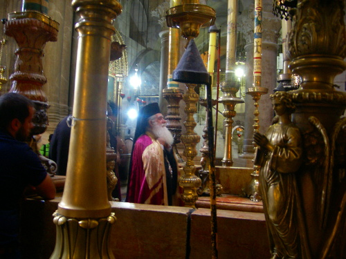 Sunday Service at Holy Sepulchre