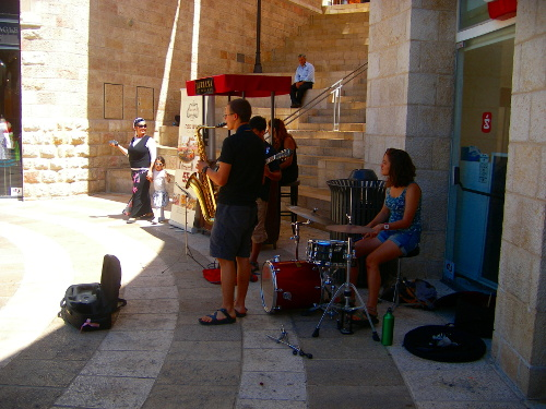 Music in Mamilla