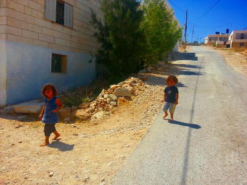 Kids on barefoot